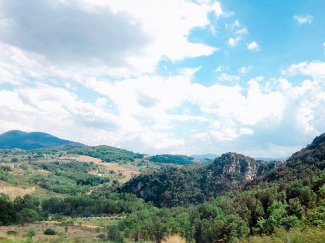 南イタリアの山々