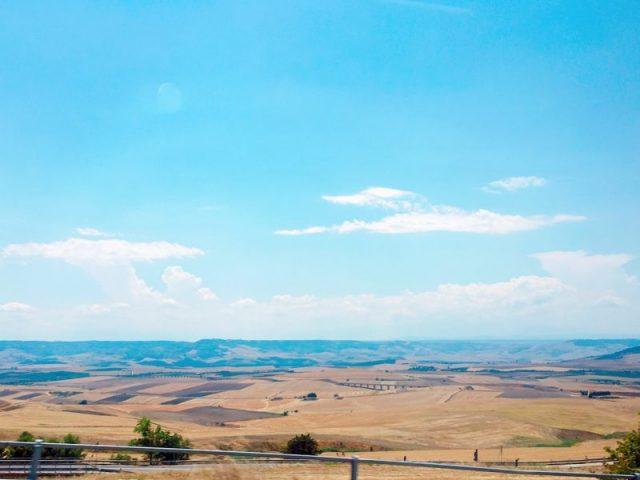 南イタリアの田舎町