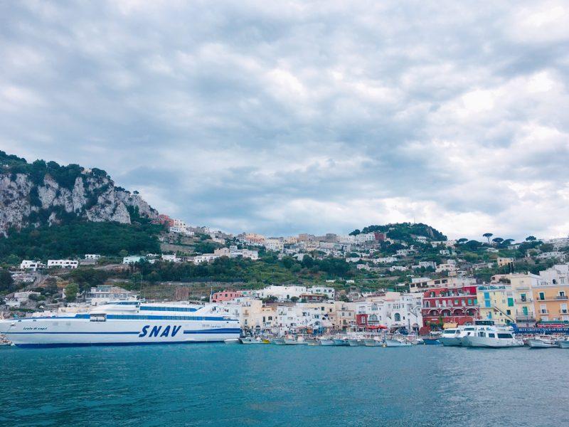 イタリアのカプリ島の街並み