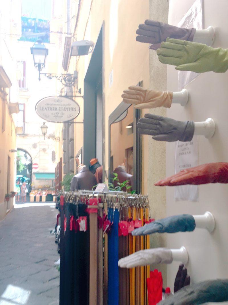 イタリアのソレントでお土産探し