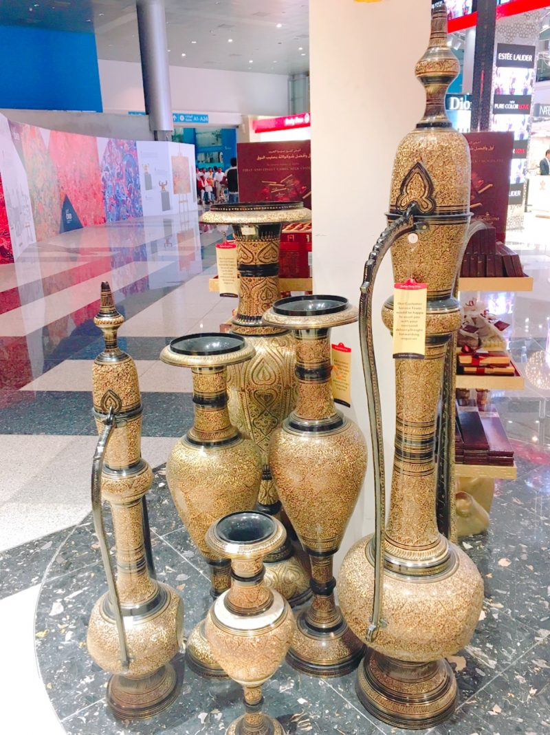 ドバイ空港内にある水タバコ