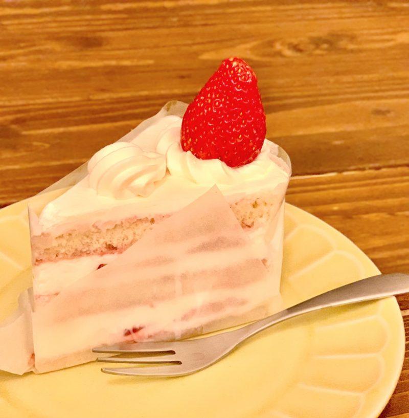 コムシノワの農家のショートケーキ