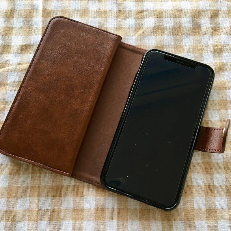 ダイソーのおしゃれなiPhone10Sケース