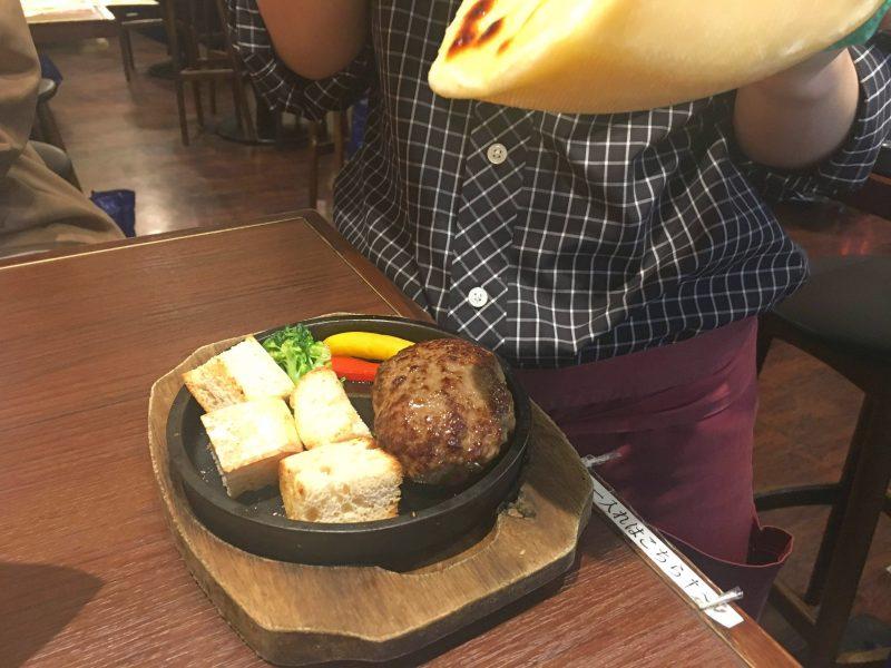 梅田で安いハッピーアワー♡女性ひとり飲みにもおすすめ『肉屋の肉バルTAJIMAYA』