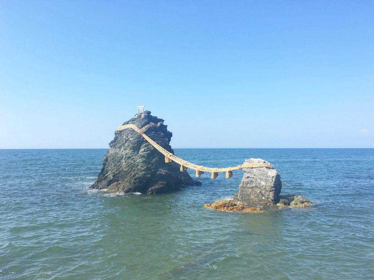 縁結び&パワースポット♡二見にある夫婦岩