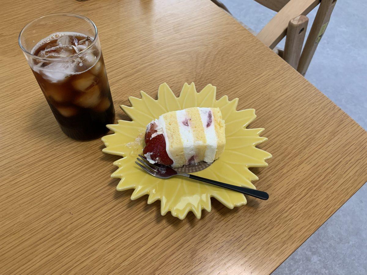 ショートケーキとレモンタルト