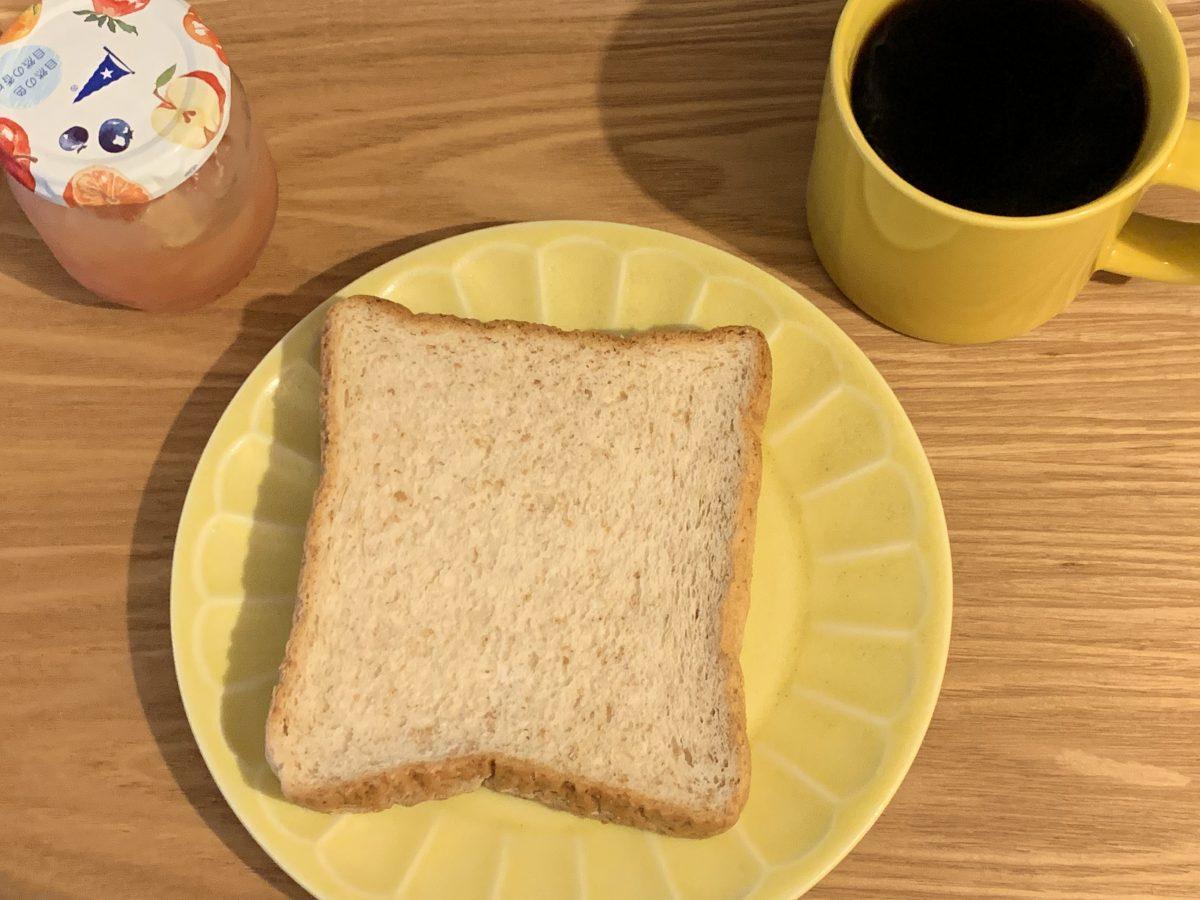 パンにジャム